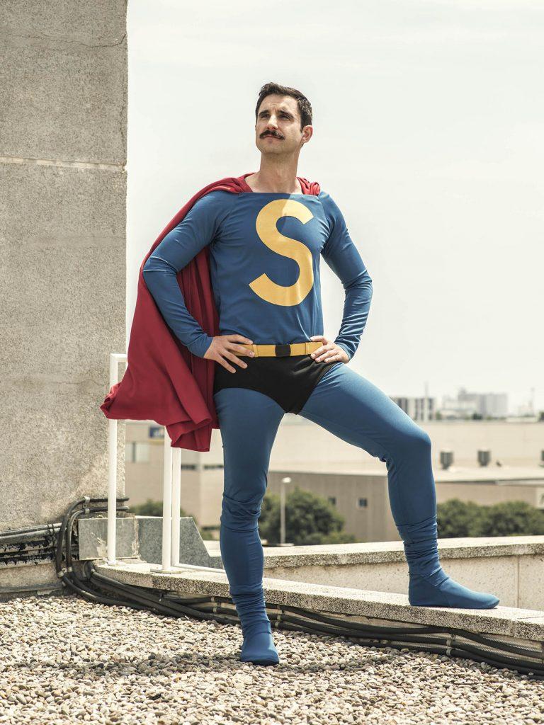 Primera imagen de Dani Rovira como 'Superlópez' y reparto completo