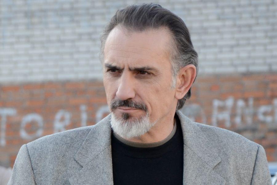 Júlio Vélez Servir y Proteger