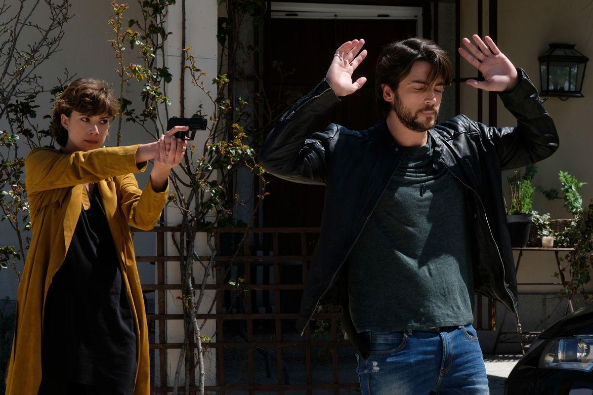 Angel de Miguel y Andrea del Rio en Servir y proteger